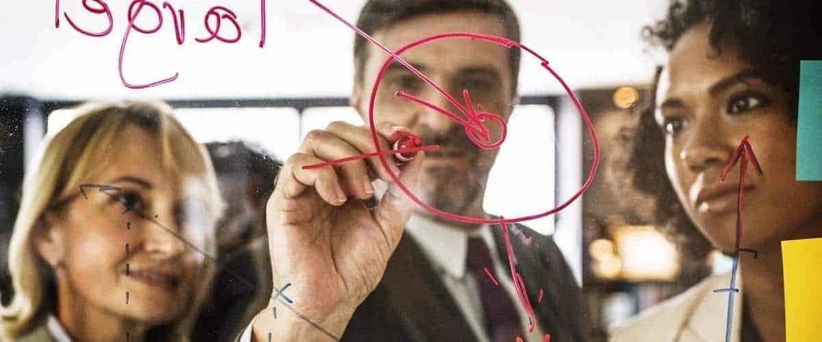 Affidarsi a mani esperte: l'agenzia di comunicazione e marketing